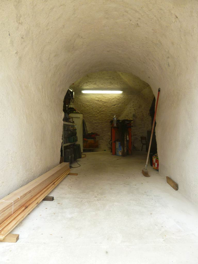 Cave dome f2 de 12m2 3