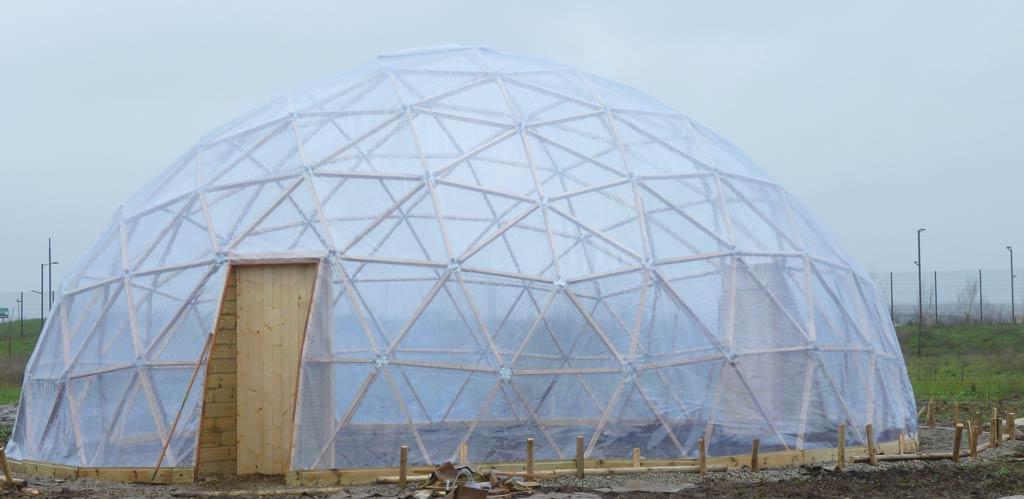 Serre de 100m2 dome f5 avec film cristal